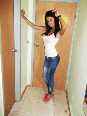 Jenna from Laconia, New Hampshire is looking for adult webcam chat