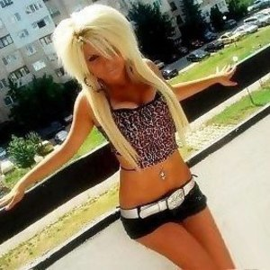 Kassandra from Pennsylvania is looking for adult webcam chat