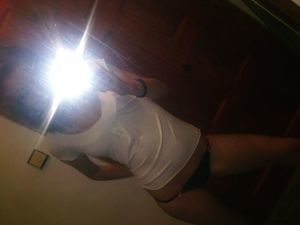 Looking for girls down to fuck? Emmaline from Brockton, Massachusetts is your girl