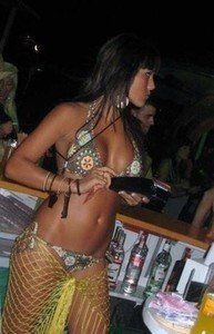 Looking for local cheaters? Take Geralyn from Hawaii home with you